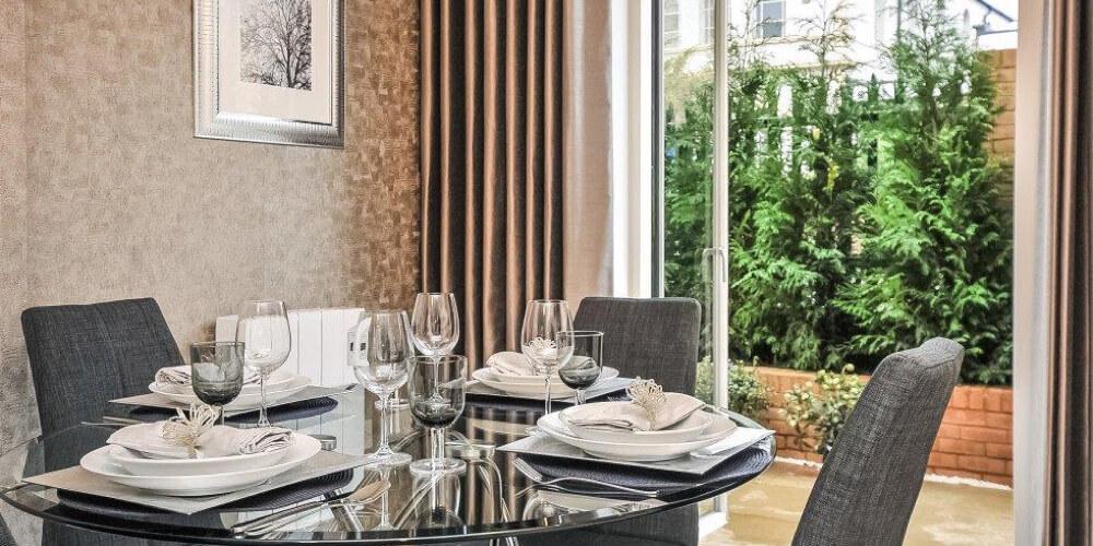 kitchen with terrace Decoration by Hodson Developments