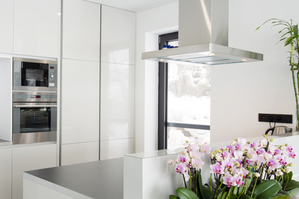 Kitchen with flowers Hodson developments - Kitchens luxury apartments
